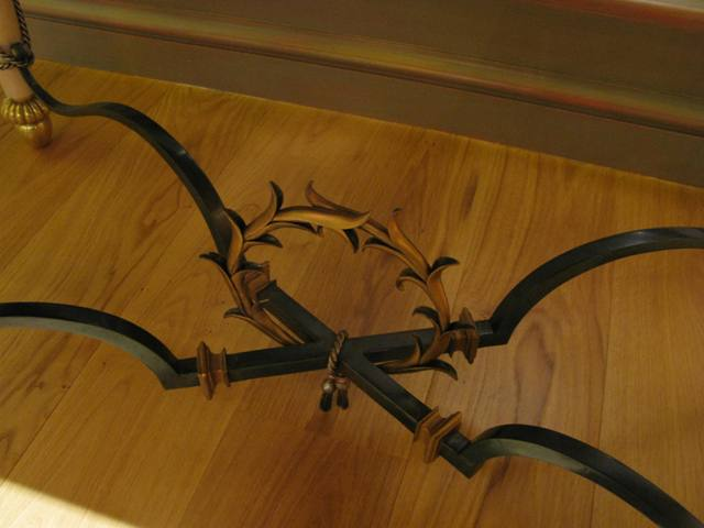 Sofa table - brace and wreath detail